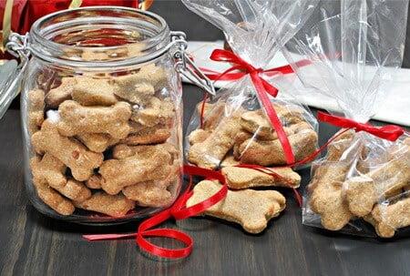 do gerbils eat dog treats?